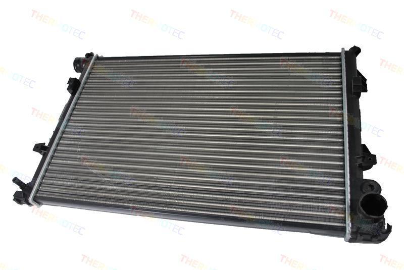 Радиатор THERMOTEC D7P004TT