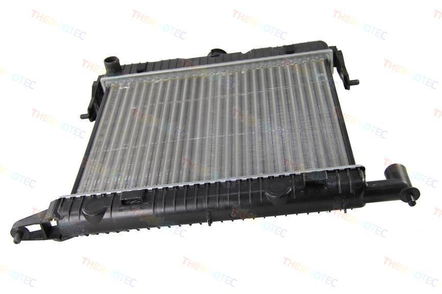 Радиатор THERMOTEC D7X036TT